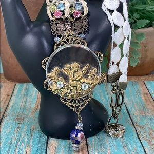 ⭐️Adorned Crown cherub sing a new song necklace